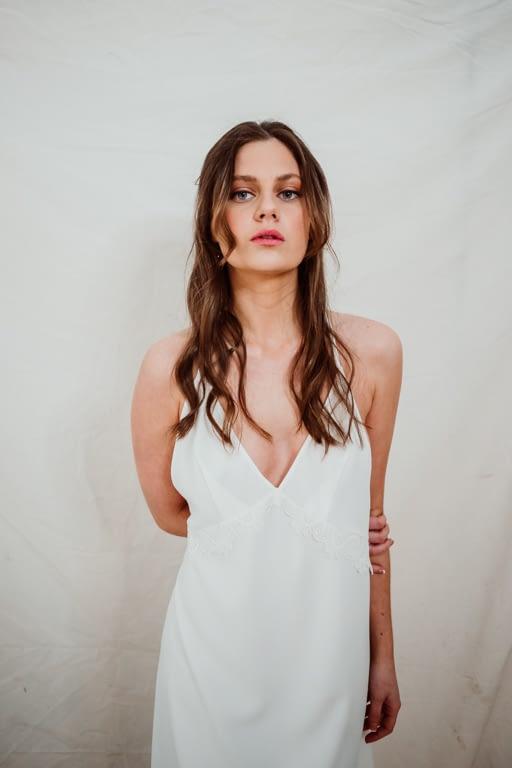 camisón escote en v novia